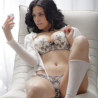 I'm an expert in blowjobs. Am I really that good? Well, I once made the impossible possible by making a (sexually very experienced) man who'd never cum from a blowjob shoot his load in my mouth!